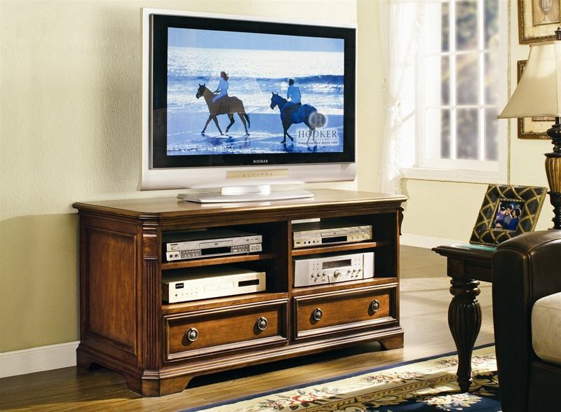 "Hooker Furniture Brookhaven 50"" TV Console 281-55-459 SALE Ends May 19"